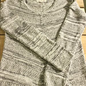 Multi-gray and white marbled sweater